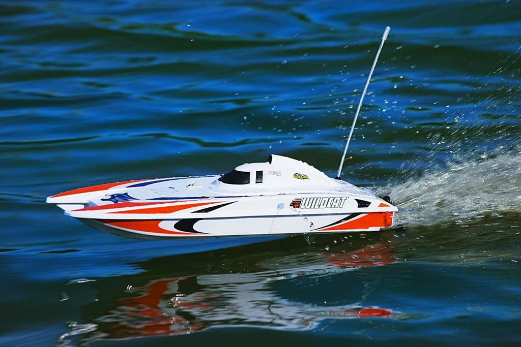 catamaran radiocommandé Aquacraft Mini Wildcat
