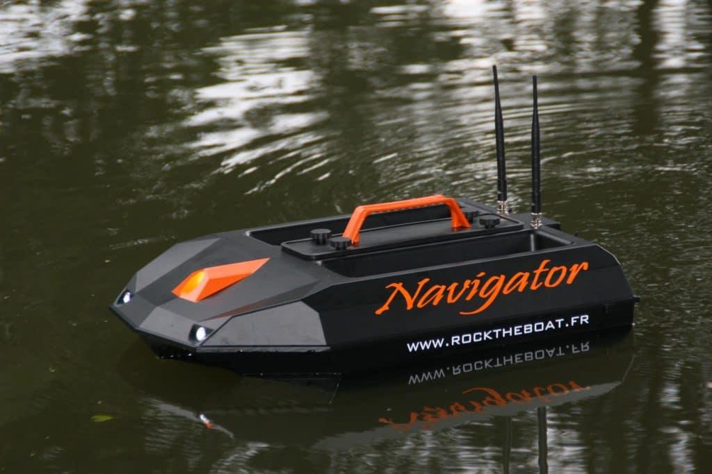 bateau amorceur comparatif et top 5 des meilleurs bateaux. Black Bedroom Furniture Sets. Home Design Ideas